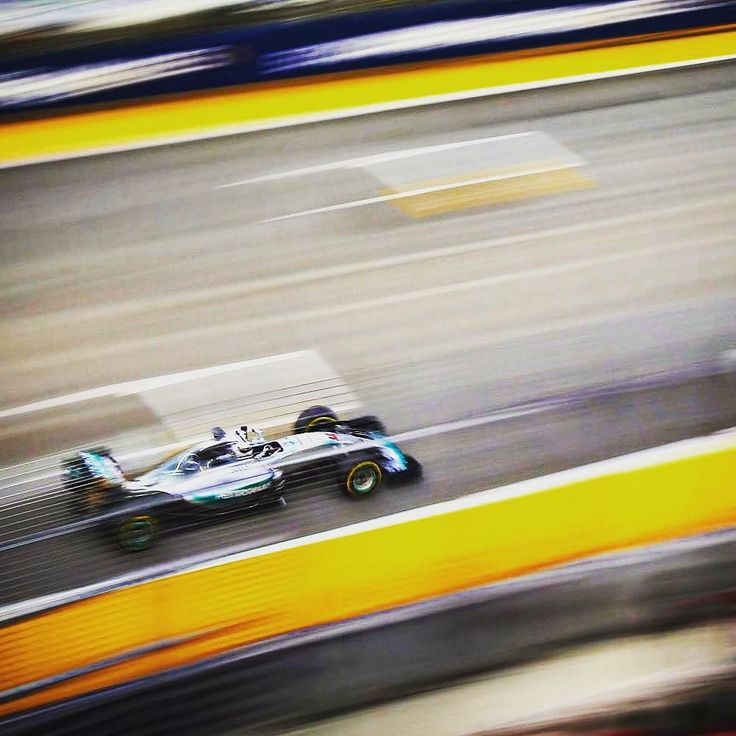 "#LewisHamilton P5: ""The tyres aren't working on our car. It's very strange. The goal is still to win."" #SingaporeGP #F1NightRace #Quali #Qualifying #F1 #Formula1 #Mercedes by f1"