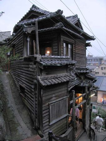 Onomichi Town. (Reminds me of The houses in the mountain region on Elder Scrolls of Oblivion)