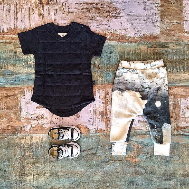 Huxbaby quilted tee, Popupshop baggy leggings & Converse sneakers, all available in store & online.   www.tinystyle.com.au/Shop-Insta   #huxbaby #popupshop #organic #tinystyle