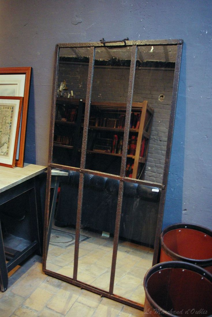 Grand Miroir Industriel #11: Miroir Industriel Fait Du0027un Cadran Du0027une Ancienne Serre...eNCoRe