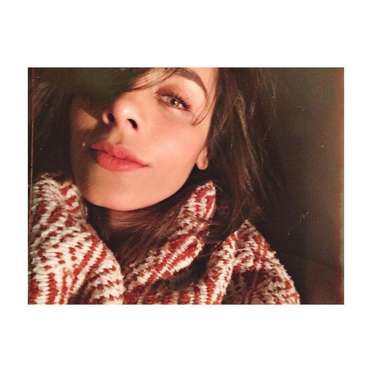 "39.3 mil Me gusta, 244 comentarios - Esme Pimentel (@esmepimentel) en Instagram: ""Be your own kind of beautiful..."""