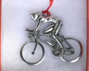 Ciclista con el ornamento de la aero-barras - mujer