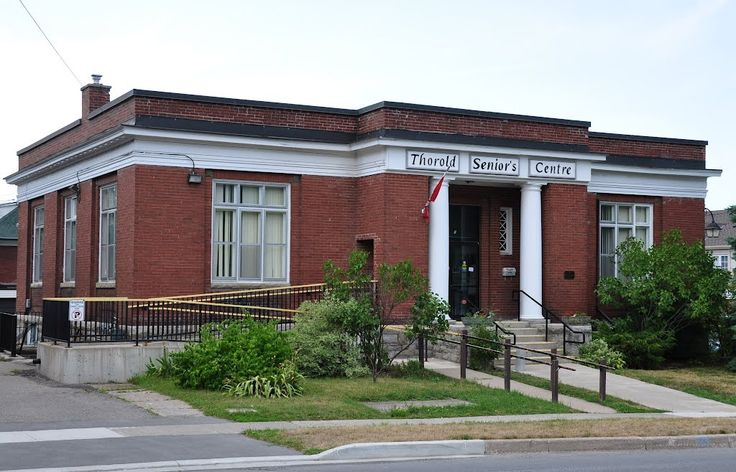 THOROLD - former Carnegie Library (1912) Thorold, ON, Canada