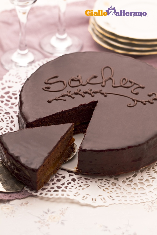 The famous Austrian dessert - Sachertorte recipe