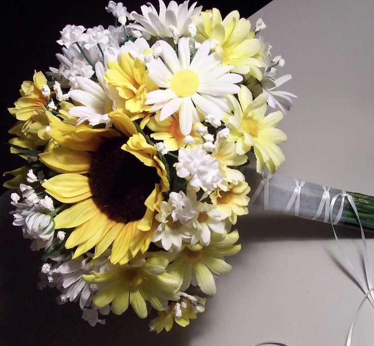 daisy bouquet wedding 25 best ideas about wedding bouquets on 3286