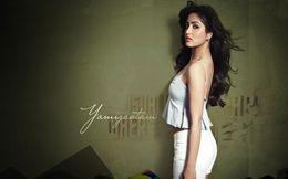 Yami Gautam Hot HD Wallpapers