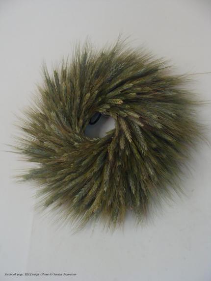 green wheat wreath