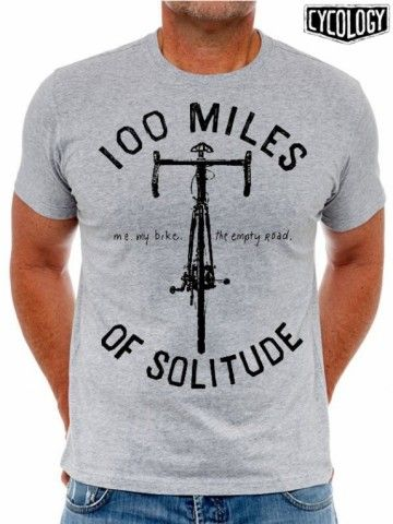 Me. My bike. The empty road. 100 miles of Solitude. Eenzaam afzien op de fiets kan soms puur genieten zijn. Het perfecte medicijn voor lichaam en geest. Hoe mooi kan het vooraanzicht van een racefiets zijn? Dit is een prachtig t-shirt voor de fietsfanaat in hart en nieren.