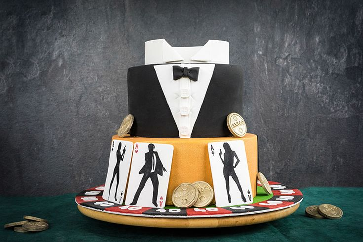 James Bond Torte  Fondant cake