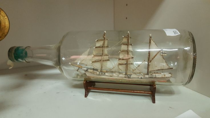 Laiva pullo 32€