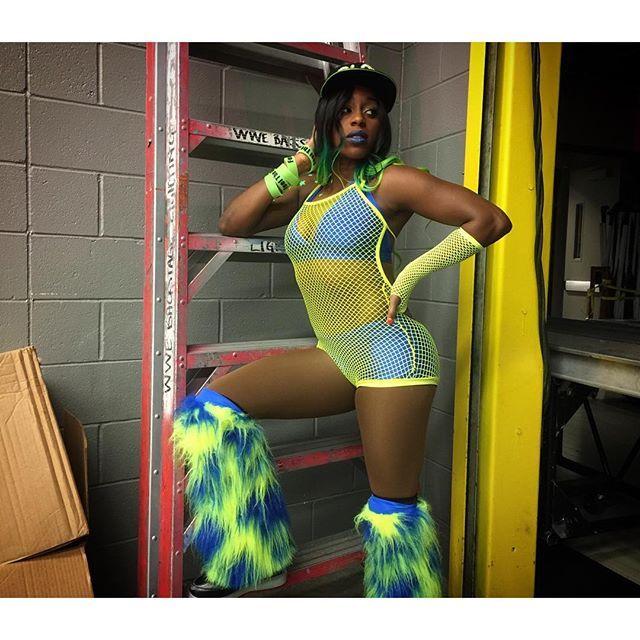 Will @trinity_fatu make @alexa_bliss_wwe_ #FeelTheGlow on #SDLive?! #WWE
