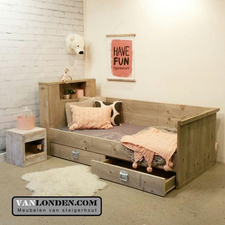 47 best images about slaapkamer on Pinterest  Built in bunks, Day bed ...