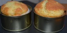 moldes de magdalenas con latas de atun
