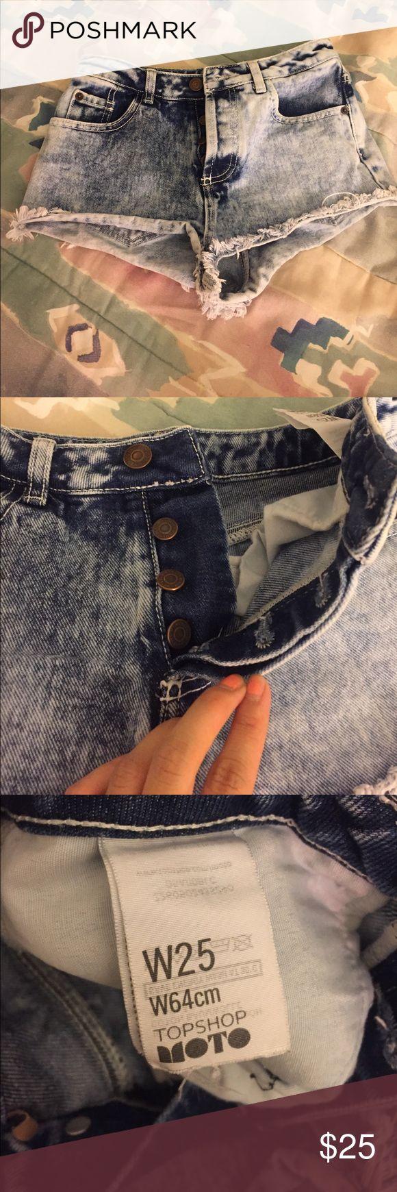 Topshop Moto acid wash denim cut off jean shorts Size 25. EUC excellent used condition topshop moto light blue denim jean cut off shorts. Super cute and button fly! Topshop Shorts Jean Shorts