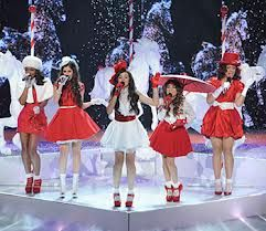 FITH HARMONY SO CUTE IN THEIR OUTFITS LOVE IT!!!