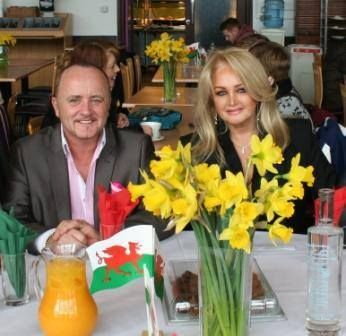 #bonnietyler #StDavidsDay #FultonHouse #SwanseaUniversity Photo: Swansea University — at Swansea University.    http://www.the-queen-bonnie-tyler.com/