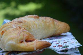 Pizza-Hörnchen - perfekter Snack der schnell gemacht ist. Und Pizza mag doch jeder und so kann man sie auch wunderbar verpackt zum Picknick mitnehmen