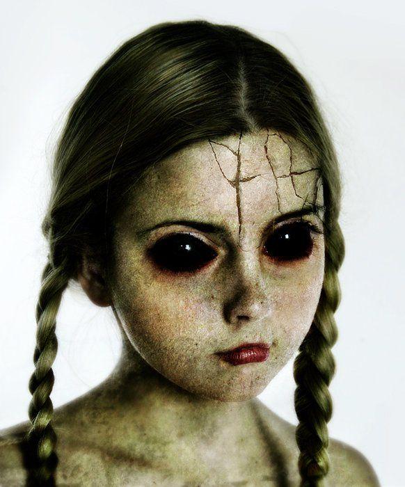 Broken doll makeup | coiffure | Pinterest
