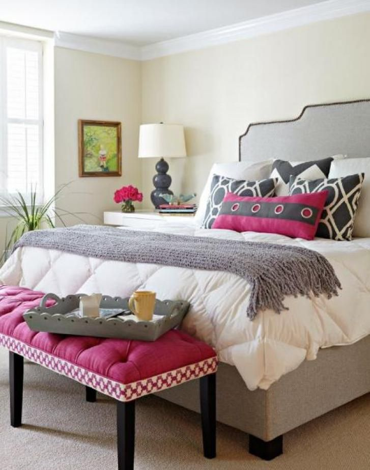 Feminine Pink And Black Bedroom Design Ideas