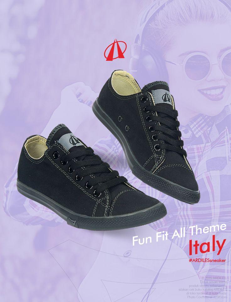 Kalau kamu cewek yang gak suka ribet dan suka sneakers yuk beli sneakers ARDILES dengan belanja di www.ardilesmetro.com. Ardiles akan membuat gayamu makin trendy.
