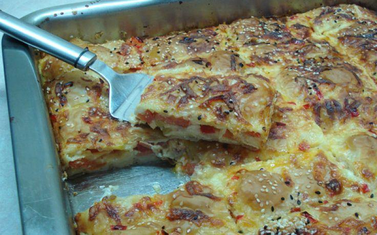 ΜΑΓΕΙΡΙΚΗ ΚΑΙ ΣΥΝΤΑΓΕΣ: Πίτσα με φύλλο κρούστας !!! Απίθανη !!