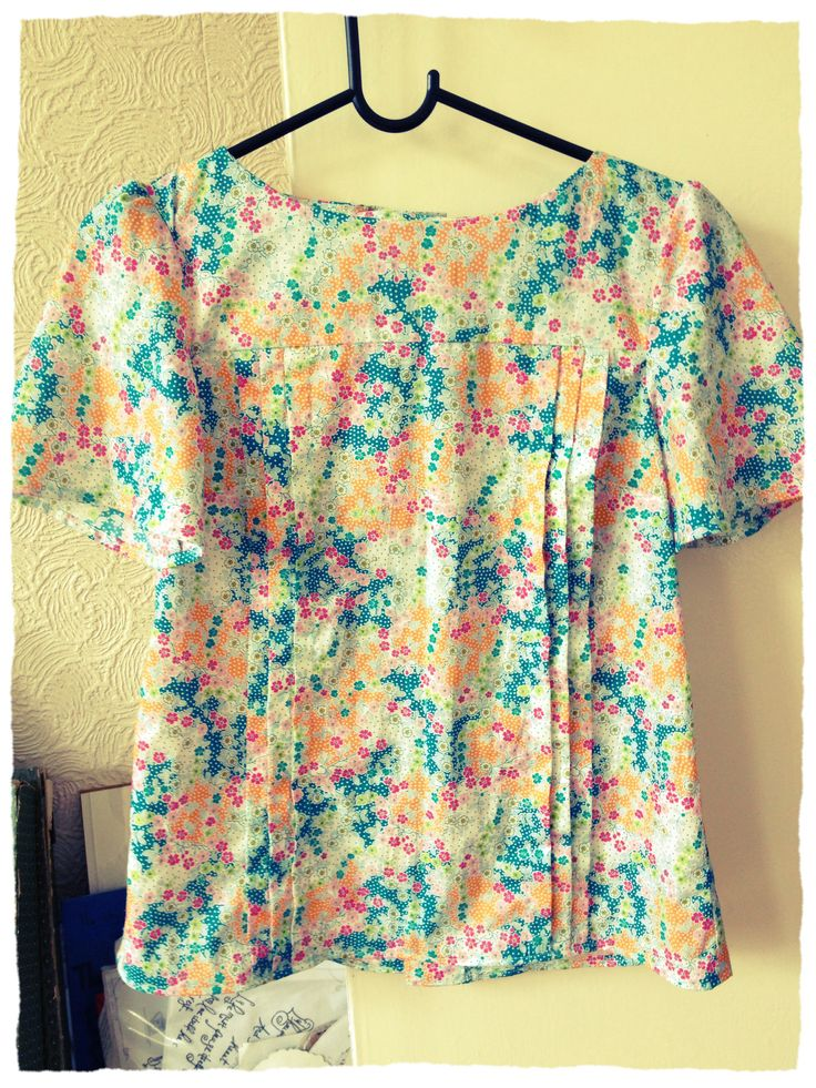 Mathilde blouse! Pattern by Tilly and the Buttons #mathilde *Completed*