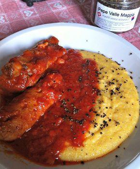 polenta con sugo di salsiccia e spuntature