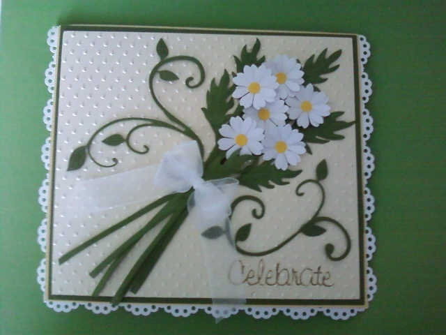 A bouquet of daisies. Saw one similar here on Pinterest. This is my version. I love this card.: Cards Misc, Flowers Cards, Cards Ideas, Cards Christmas, Daisy Cards, Daisies Cards, Cards Susan, Greeting Cards, General Cards