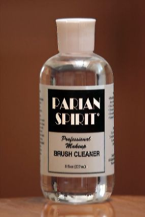 Parian Spirit Brush Cleaner - maske berlin
