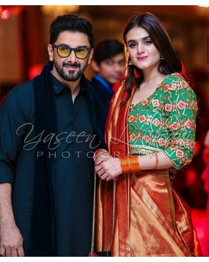 75e0b57878f59 New Photos of Hira and Mani with their Kids at a Wedding Event ...