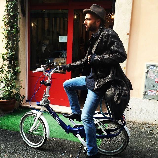 #hat#reinhardplank, #leatherjacket#neilbarrett, #knitwear#10sei0otto, #jeans#people, #shoes#marsèll, #bag#dislike