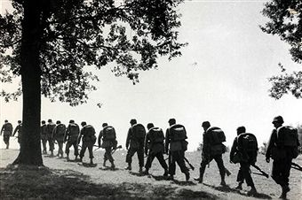 War and Conflict, World War II, Germany invades Poland, pic: September 1939, Polish infantry troops moving to the front in single file to meet the German invaders, pin by Paolo Marzioli