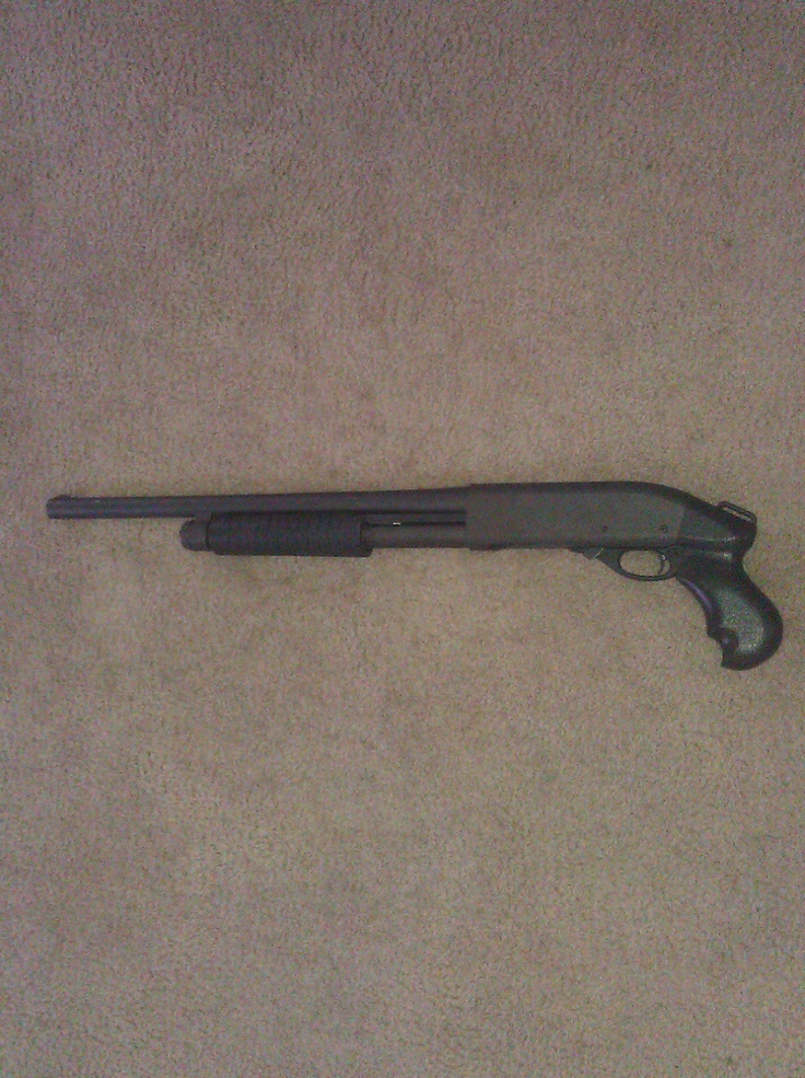 Remmington 870 Shotgun with pistol grip