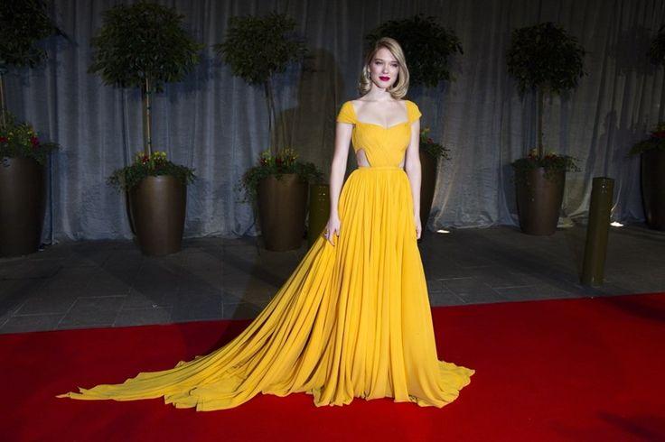 IN BEELD. De mooiste jurken op de BAFTA's - De Standaard http://www.standaard.be/cnt/dmf20150210_01521239?pid=4526972