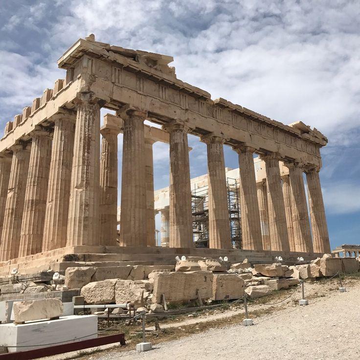 Парфенон �� #парфенон #греция #афины #walk #world #worldtravel #travel #instagram #instatraveling #photo #athens #awesome #amazing #acropoli #day #follow #followme #history #life #beauty #beautiful #natural #parthenon http://tipsrazzi.com/ipost/1508619004071087657/?code=BTvsP2_D44p