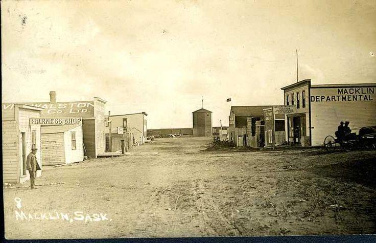 Macklin, Sask - Vintage Saskatchewan - Photos - SaskPhotos.ca