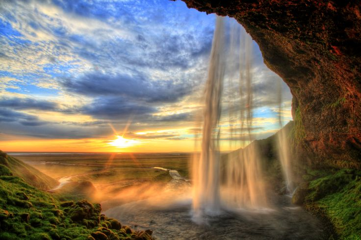 Seljalandsfoss ©Roman Slavik Find more geography resources on Discover-Geography.com
