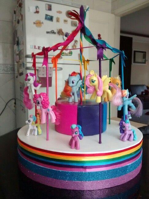 Fake Cake - carousel - carrossel rainbow - my little pony party