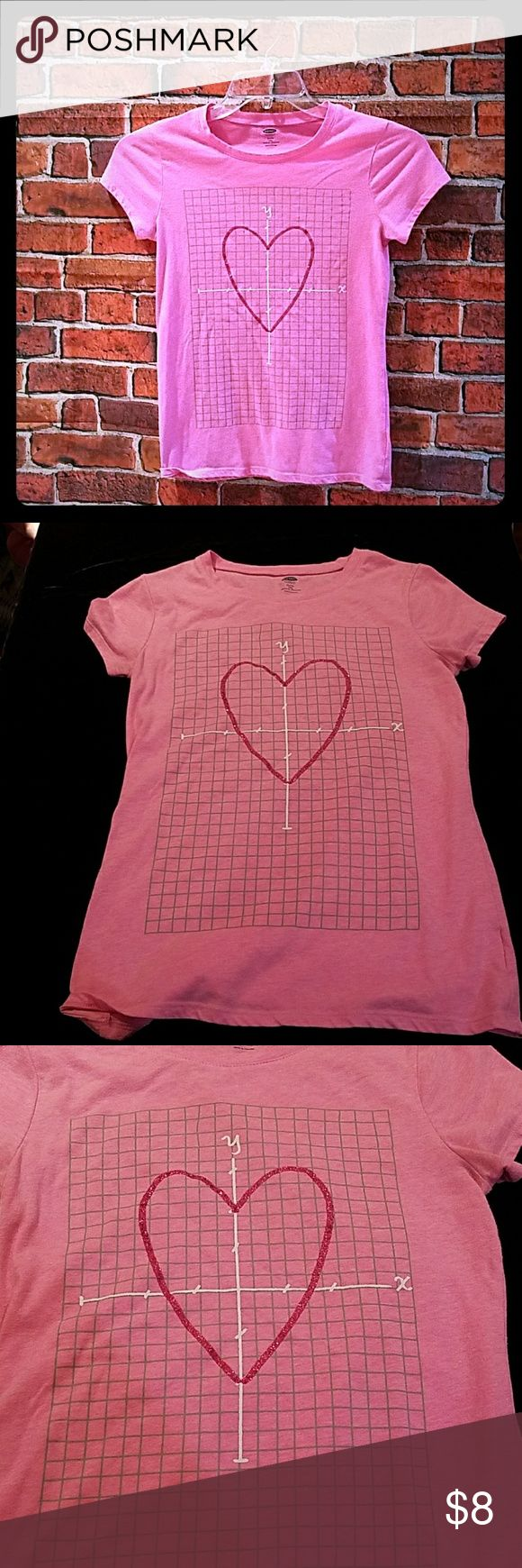 Old Naby Girls pretty pink traffic t-shirt Pink heart direction graffic size 14/xl Old Navy Shirts & Tops Tees - Short Sleeve