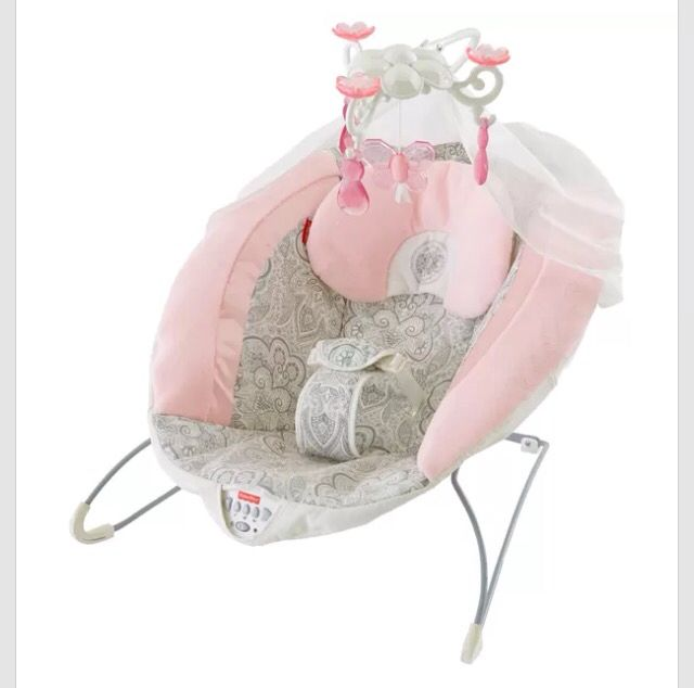A Plush Pink Bouncer To Help Soothe And Entertain Baby With A Deluxe  Chandelier Feature! Snuggly, Soft And Comfy In Pinku2014all For Your Sweet  Little One!