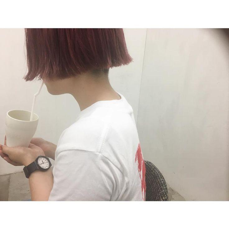 ・ ワカメちゃんカット✂️ ブリーチして、ピンク💕💕🍭🍭🍭 おかわでした!! ありがとうございます😍😍✨🇰🇷🇰🇷 ・ #hair #hairset #haircolor #hairstyle #bob#福岡#福岡美容室#美容師#美容室#ワカメちゃん#刈り上げ女子#후쿠오카 #미용사 #미용실 #머리 #머리스타그램