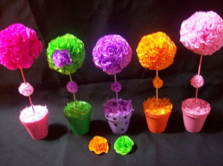 topiarios-con-flores-de-papel-de-seda-souvenircentro-d-mesa