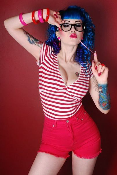 24 best images about pin up girls on pinterest cherries santa muerte and smoking - Tattooed pin up models ...