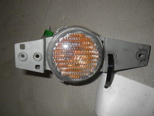 DAIHATSU TERIOS LEFT BUMPER LIGHTS 2000 TO 2001