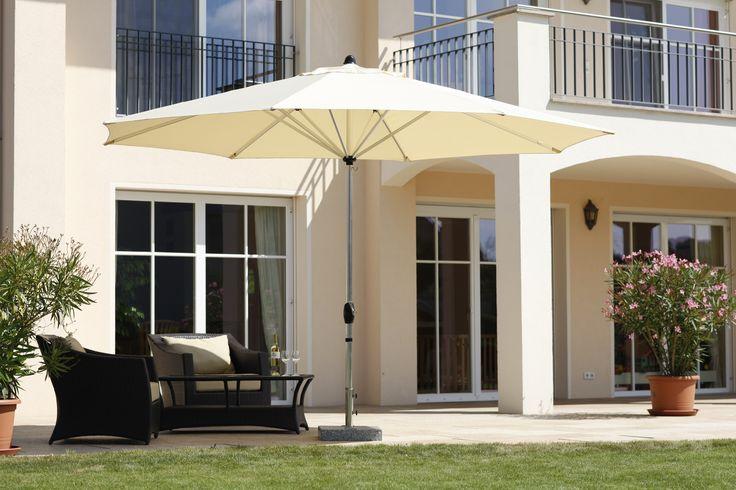 ber ideen zu sonnenschirm balkon auf pinterest kleine balkone balkon und dachterrassen. Black Bedroom Furniture Sets. Home Design Ideas