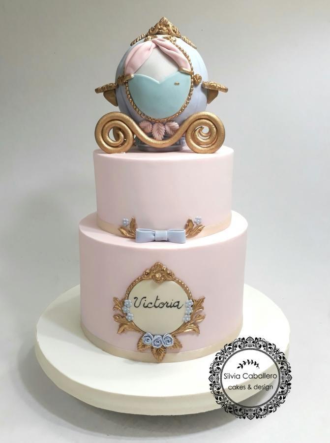 Cinderella cake - cake by Silvia Caballero