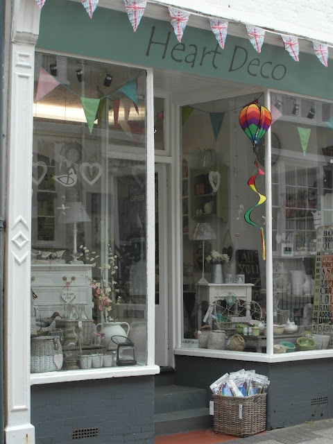shabby chic store by the sea store front style pinterest shabby chic will have and antiques. Black Bedroom Furniture Sets. Home Design Ideas