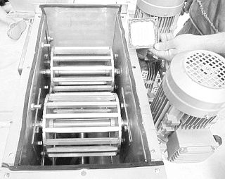 Frangi Grumi-Sminuzzatore: EKOSIN meccanica sminuzzatore per sali minerali ro...