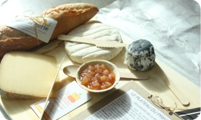 A cheese platter is so much tastier than a bouquet of flowers. 100% from Quebec, delivered to your door