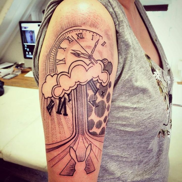 tattoo oberarm ideen sanduhr beispiele tattoos. Black Bedroom Furniture Sets. Home Design Ideas